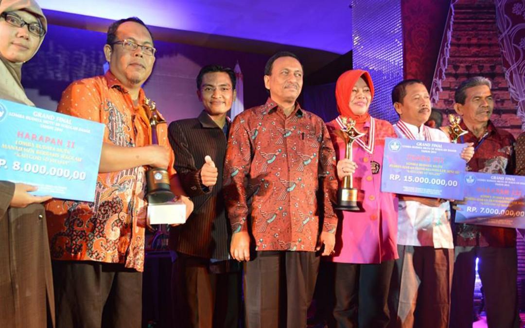 SDIT Al-Hasanah Juara Harapan II Lomba Budaya Mutu Manajemen Sekolah Tingkat Nasional 2014