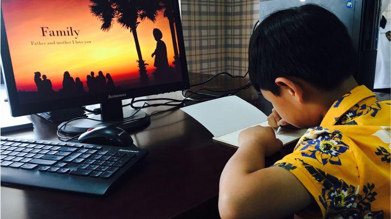 Menulis Sejak Masa Sekolah, Kenapa Tidak?