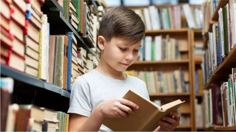 Membangun Kebiasaan Membaca Pada Anak